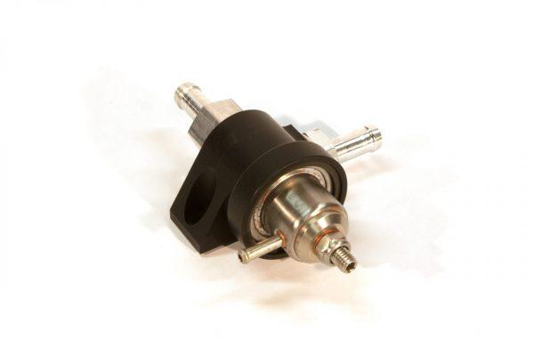 KMS Fuel pressure regulator 2-way, 0-5 bar, 10mm hose fit